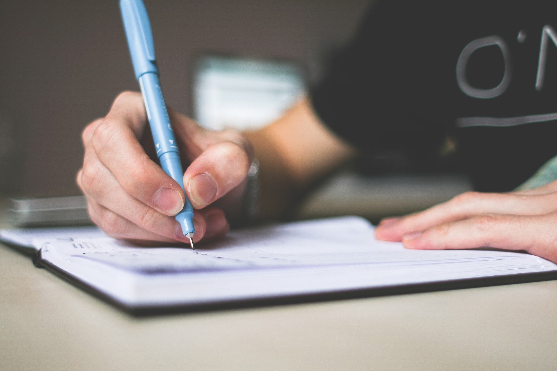 tips for writing a well organized reflective essay how to   get disorganized talking about anything and everything in a chaotic order make sure you compose a reflective essay outline before you get to writing